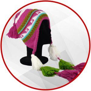 Bonnet péruvien fuchsia avec pompon